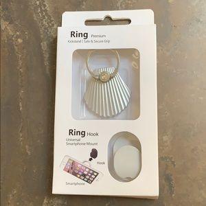 NIB Silver Sea Shell Cell Phone Kickstand Ring